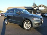Options:  2009 Audi Q5 3.2 Quattro Awd Premium Plus