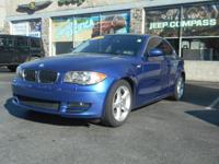 Step into the 2009 BMW 128i! It'll satisfy drivers and