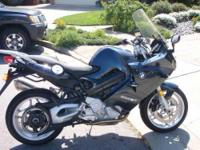 2009 BMW F800ST Sportbike. 6720 miles- Displacement 800