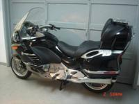2009 BMW K1200LT, Black with only 10734 miles. This