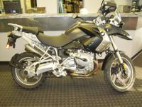 Nice 2009 R1200GS, ABS-ESA-Heated Grips, Hand Guards
