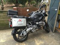 Low mileage 2009 BMW R1200GS. Great condition. ABS.