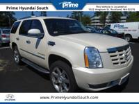 2009 Escalade Cadillac AWD, Tan.12/19mpgAwards:*