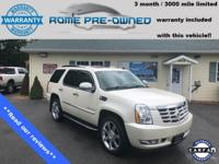 White Diamond Clearcoat 2009 Cadillac Escalade Platinum