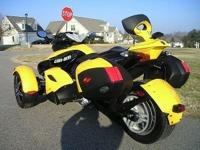 Super clean Can-Am Spyder SE5 (clutchless electronic