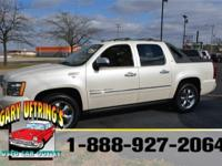 Exterior Color: white, Body: Pickup, Engine: V8 5.30L,