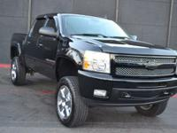 This 2009 CHEVROLET SILVERADO 1500 features a 6.2L V8