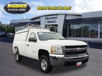 This 2009 SUMMIT WHITE Chevrolet Silverado 2500 4WD