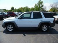 Come see this 2009 Chevrolet TrailBlazer LT. Its
