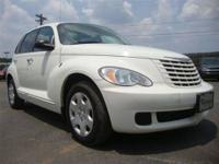 This 2009 Chrysler PT Cruiser features a 2.4L L4 SFI