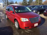 Options:  2009 Chrysler Town & Country Touring|Local