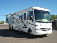 2009 Coachmen Georgie Boy Pursuit Model: 3100DSF 32.5