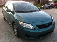 I am selling my 2009 Toyota Corolla LE (full power)