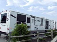 New! excellent family unit . rear bunk room, 8cf refer,