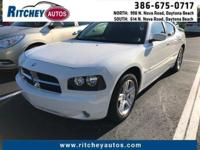 LOW MILEAGE 2009 DODGE CHARGER R/T**CLEAN CAR