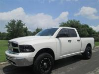 This 2009 Dodge Ram 1500 4dr Truck features a 5.7L 8