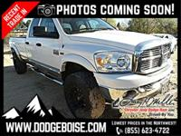 *** 4WD *** LOW MILES *** V8 *** HEMI *** TOWING