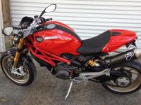 Ducati Monster 1100s is in Good - Excellent condition.