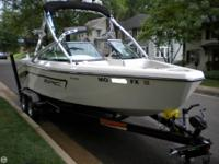 - Stock #80583 - The Epic 23V boat is perfect for Wake