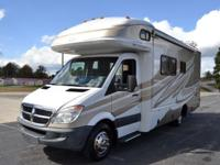 This a One Owner 2009 Fleetwood Pulse 24A. Class C