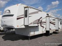 '09 Fleetwood Quantum 355RLQS 5th wheel for sale, 5