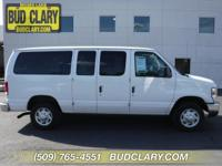 3rd Row Seating, Keyless Entry, Accident Free Carfax