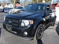 Cruise in complete comfort in this 2009 Ford Escape!