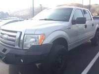 From work to weekends, this 2009 Ford F-150 XLT plows