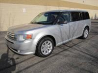 CHECK OUT THIS POWERFUL SPACIOUS 4-Dr 2009 FORD FLEX SE