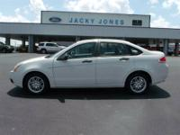 2009 Ford Focus SE!!! Royal Shield Warranty, power