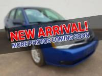 Clean CARFAX. Blue 2009 Ford Focus SE FWD 4-Speed