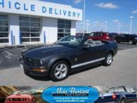 *6 SPEED MANUAL WITH PONY PACKAGE! 2009 FORD MUSTANG