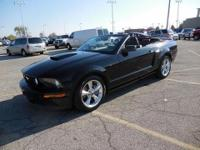 GT CALIFORNIA SPECIAL * LOW MILES * V-8 * LEATHER *