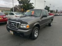 ***WOW! FLAWLESS and RARE FORD RANGER! PRISTINE
