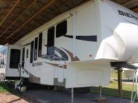 Recreational Vehicle Kind: Fifth Tire Year: 2009 Make:
