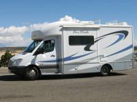 25' motor home with 28,000mi. Dodge Sprinter Chassis