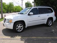 Exterior Color: summit white, Body: 4x4 SLT 4dr SUV,