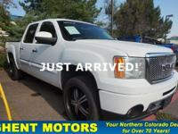 Moonroof, Heated Leather Seats, Aluminum Wheels, Hitch,