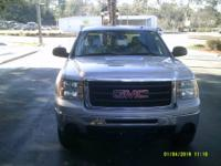 Options:  2009 Gmc Sierra 1500 |Local Trade 4X4 Crew