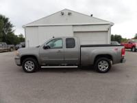 Options:  2009 Gmc Sierra 1500 Z71! Moonroof! Heated