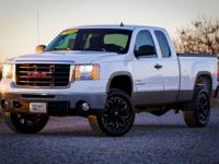 Check out this 2009 GMC Sierra 2500HD SLE. Its