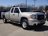 2009 2500HD SLE **Assist Step**Bedliner** This vehicle