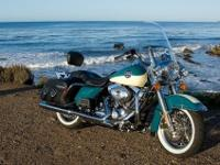 2009 Harley-Davidson FLHRC - Road King ClassicYear: