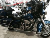 2009 Harley-Davidson FLHTCU ELECTRA GLIDE CLASSIC This