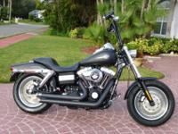 FXDF DYNA FAT BOB FEATURES:* Vibration isolated Twin