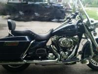 really nice clean 2009 harley road king has only 15996