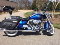 Like new condition Road King Classic, flame blue color