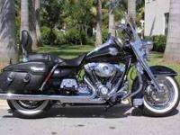 2009 Harley Davidson Road King Classic Touring This