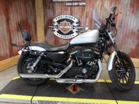 2009 Harley-Davidson Sportster Iron 883 Lots of