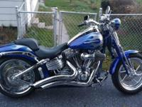 This bike is in excellent condition! Includes Vance and
